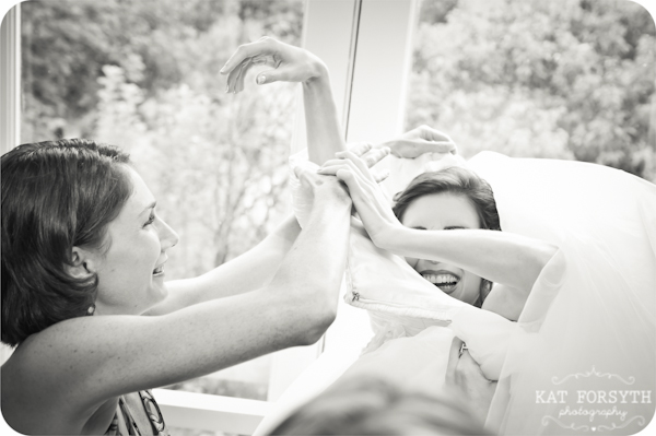 Fun creative wedding photos (54)
