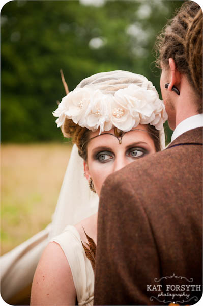 Alternative Offbeat quirky London wedding photographer (38)