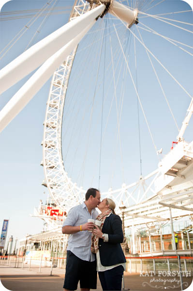 London couple engagement photographer (11)