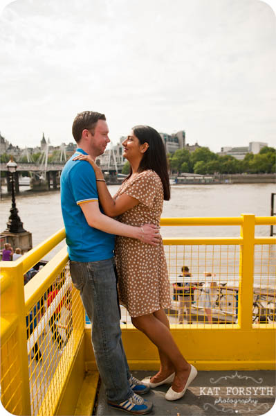 London southbank graffiti colourful engagement couple shoot (11)