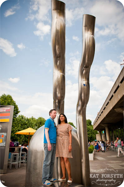 London southbank graffiti colourful engagement couple shoot (9)