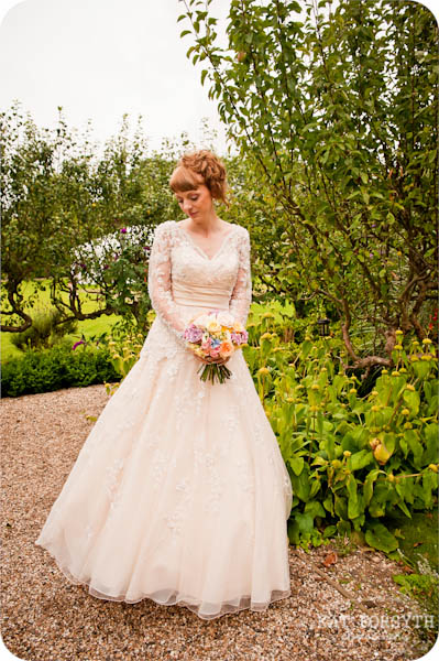 Secret Garden Kent wedding shoot (59)