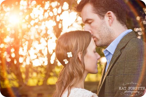 Fun-creative-farm-wedding-photos (13)