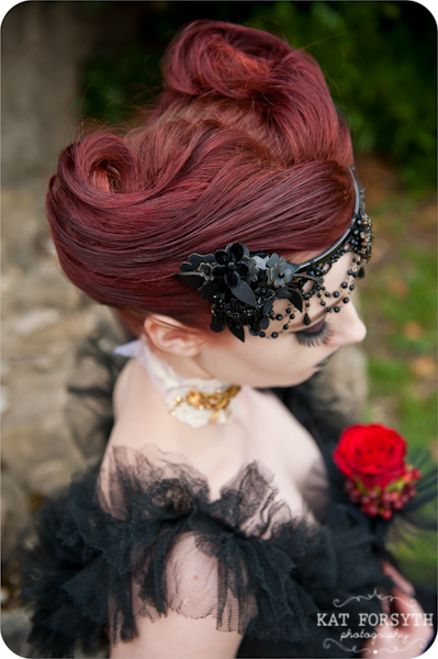 Alternative wedding gothic victorian vintage wedding (15)