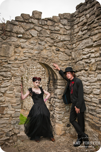 Alternative wedding gothic victorian vintage wedding (17)
