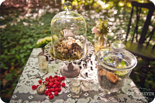 Alice in Wonderland wedding inspiration (11)