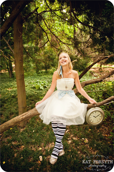 Alice in Wonderland wedding inspiration (40)