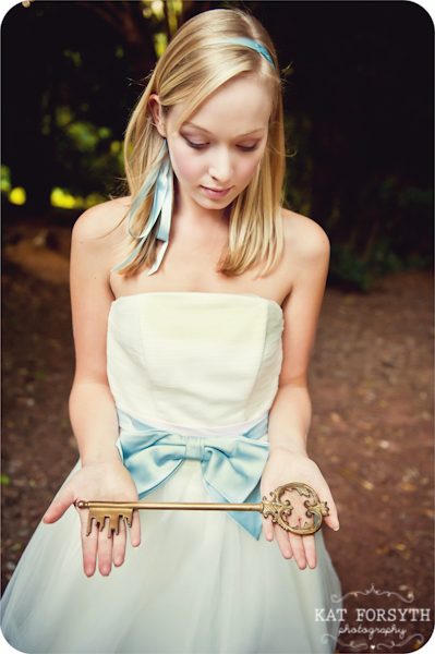 Alice in Wonderland wedding inspiration (52)