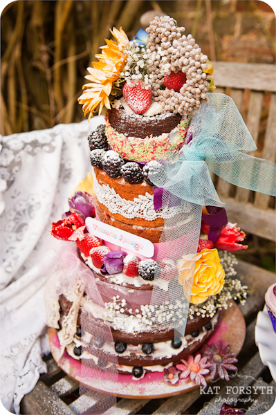 uniced bare wedding cake
