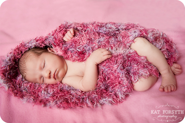 Newborn baby photos with family (8)