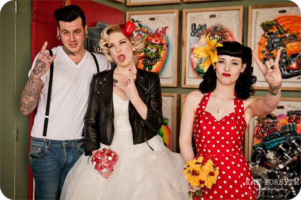 Rock n Roll 50s wedding red yellow black (21)
