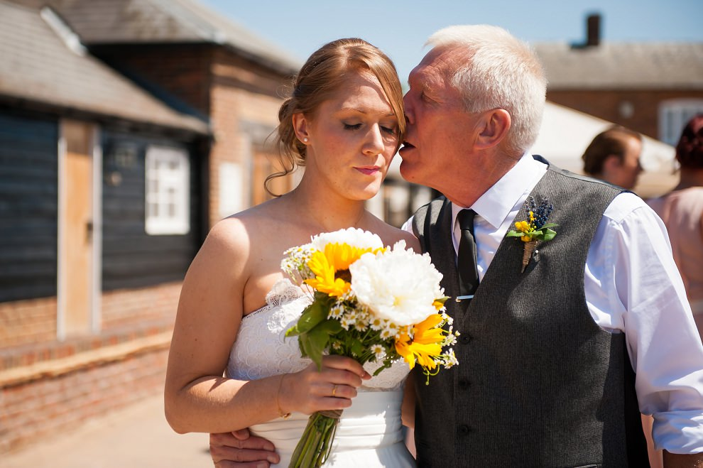 TewinBury-Farm-Barn-Wedding-Fiona-Ian-09
