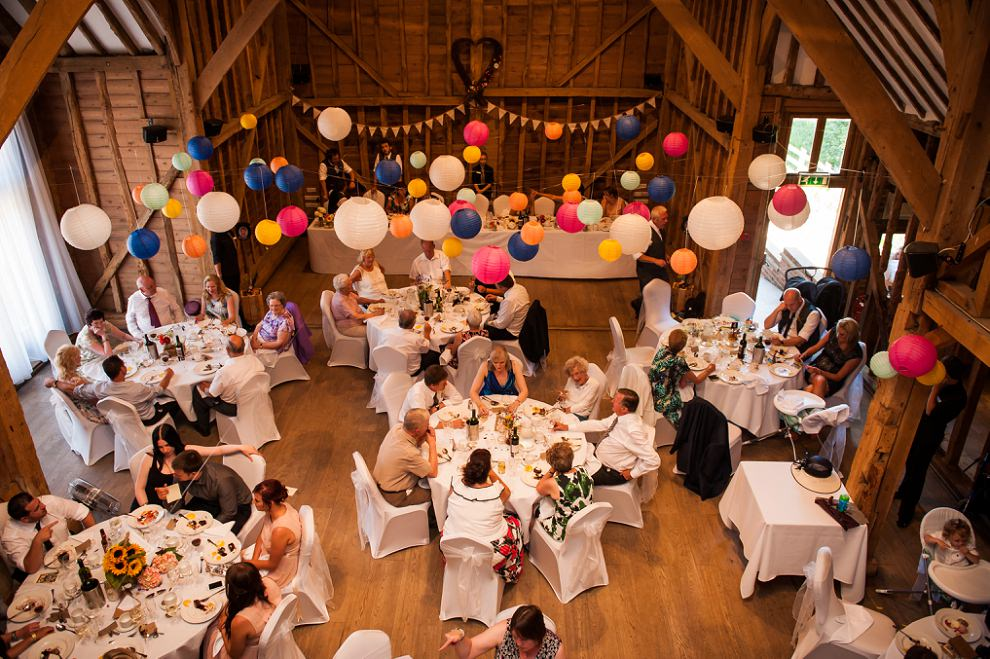TewinBury-Farm-Barn-Wedding-Fiona-Ian-31