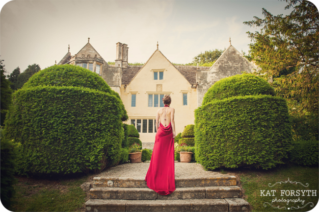 Owlpen Manor Country Garden English Wedding (34)