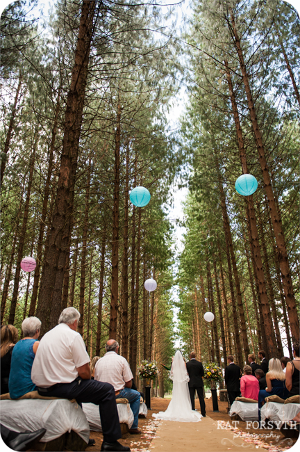 Forest-wedding-Alice-in-Wonderland-theme-Farm-wedding (42)