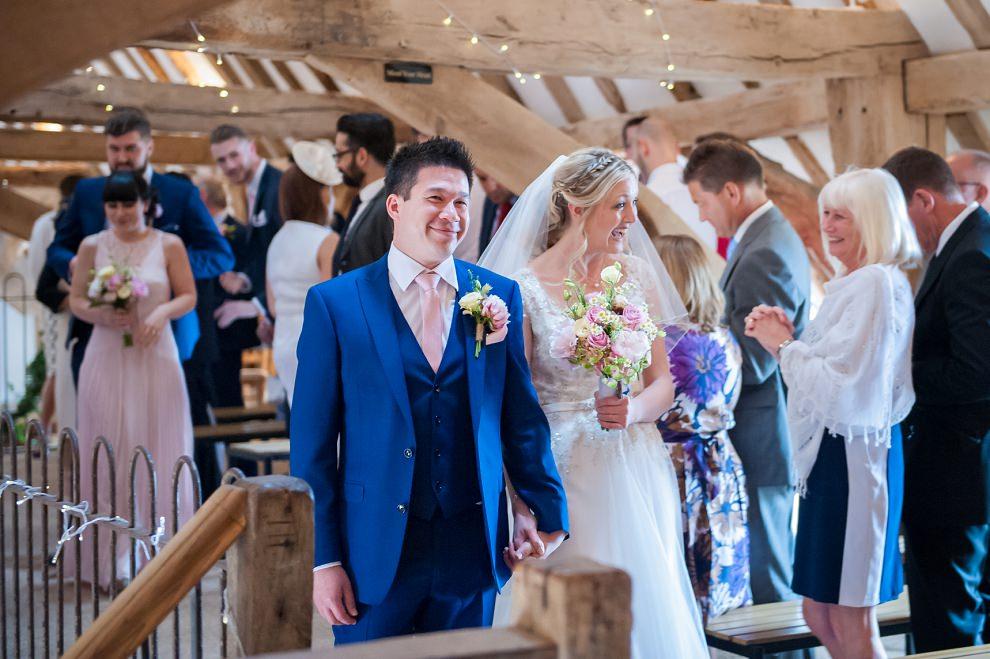 Moreves-Barn-Wedding-Amy-Ben-08