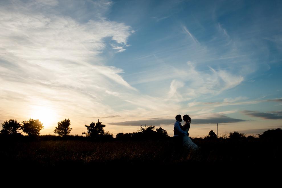 Moreves-Barn-Wedding-Amy-Ben-43