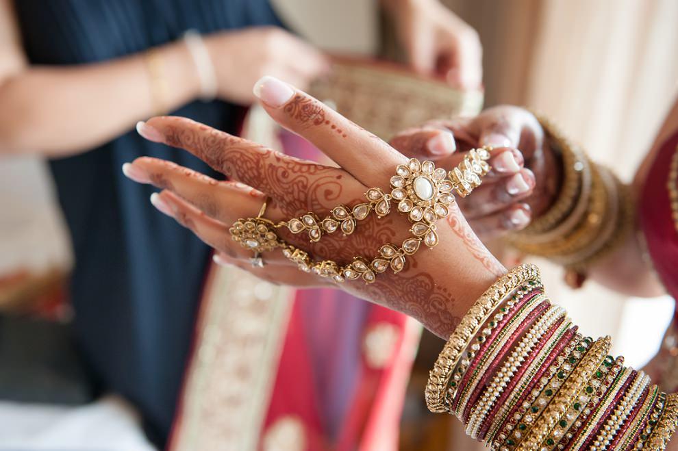 Hindu bride jewellery