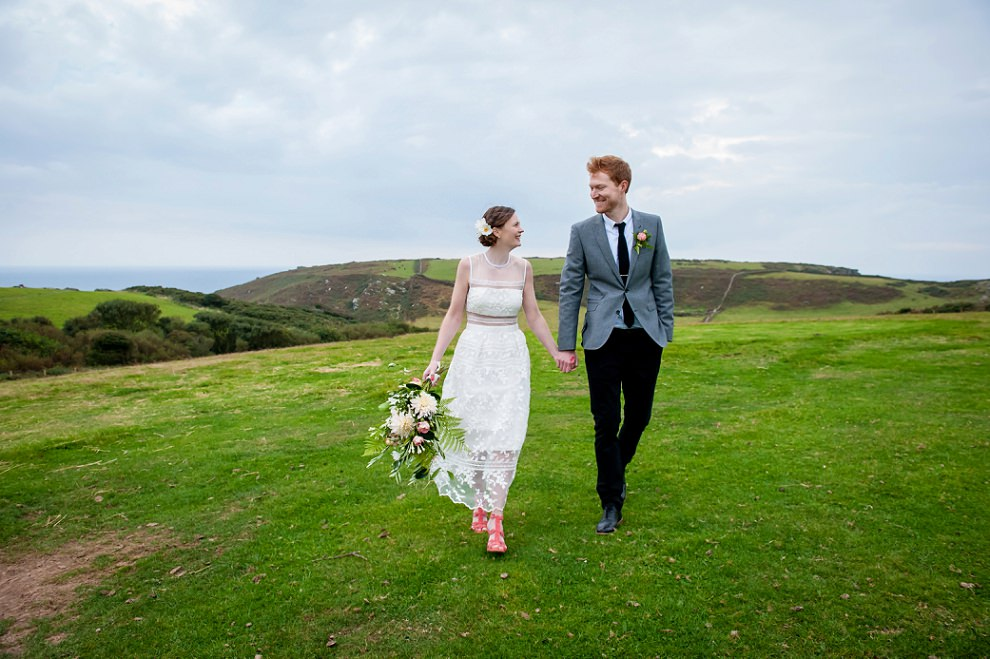 Devon wedding photos | East Soar wedding