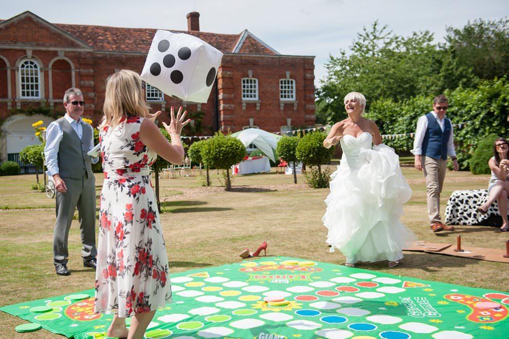 Alternative wedding photographers london blog for Wedding canape alternatives